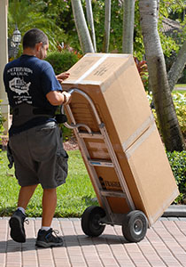 Hiring Professional Movers for Easy Relocations